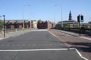 Victoria Bridge Glasgow view north image