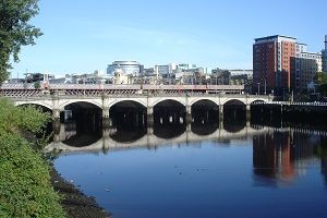 Glasgow Bridge image